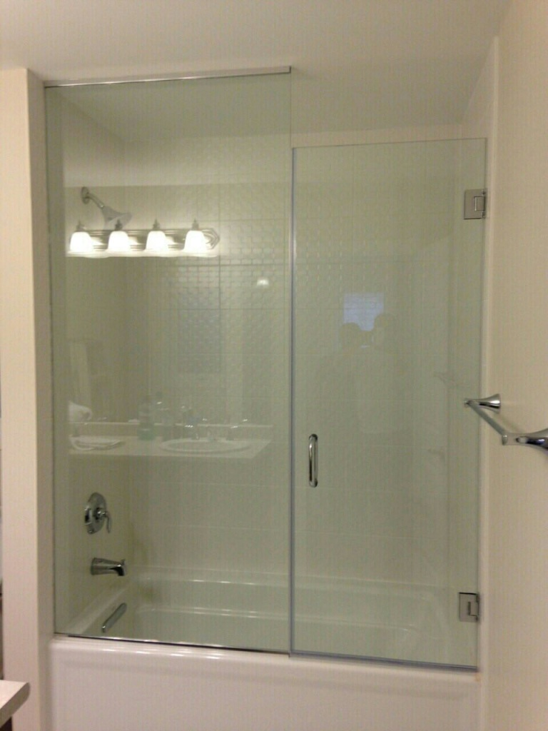 Bath Tub Enclosure – GLASS & MIRROR SPECIALISTS